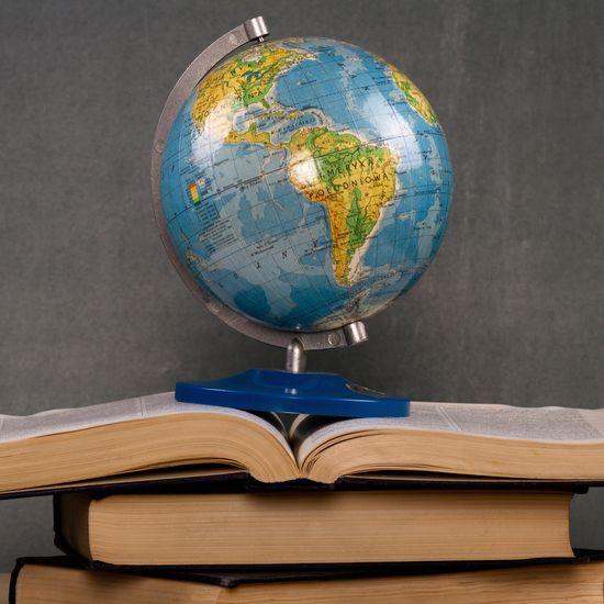 Sådan bliver du kulturelt intelligent: 5 gode bøger at starte med